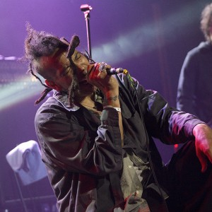 Chuck Mosley - Chile Shows - July 2013
